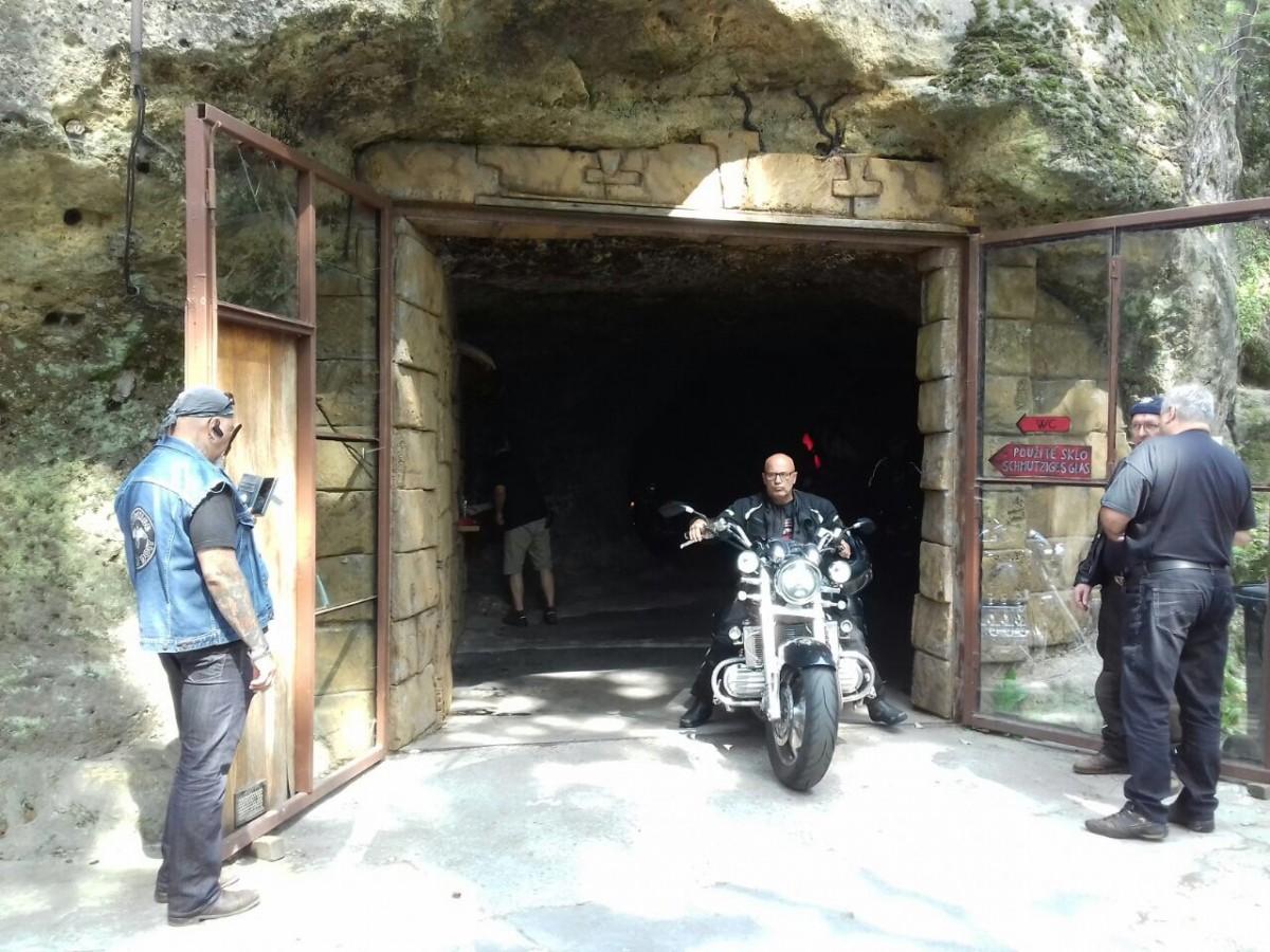 Bikerhöhle 2017